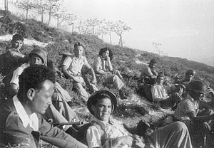 Operation Yiftach - Yigal Allon (left) with members of the Yiftach Brigade following the failed attack on Safed