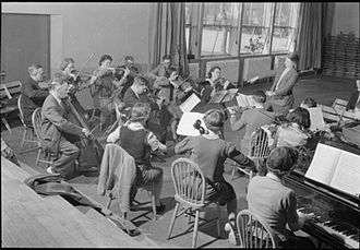 Impington Village College - Music students at Impington College in April 1944.