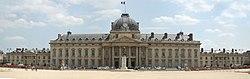 École militaire 2545x809.jpg