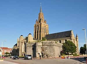 Église Notre-Dame de Calais - Image: Église Notre Dame de Calais 2012 1