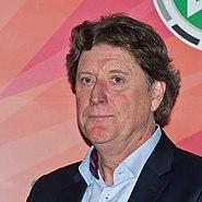 Übergabe DFB-Pokal an Botschafter Toni Schumacher und Janus Fröhlich-6564