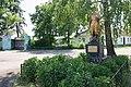 Братська могила 14 радянських воїнів, які загинули при звільнені села, с. Березняки.jpg