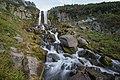 Водопад на ручье возле домика вулканолога Вакина.jpg
