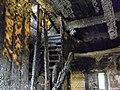 Сестрорецк. Разлив. Алексеевская школа в 2012 г. после пожара 2этаж лестница на чердак.JPG