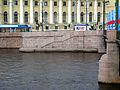 Спуск у Дворцового моста02.jpg