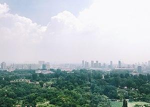 Laiwu - Image: 莱芜市核心城区天际线