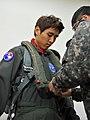 공군홍보대사 구자철 선수의 F-15K 하이택싱 체험 (8309635184).jpg
