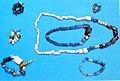 02019 1089 Gotische Glashalsketten der Tschernjachow-Kultur.jpg