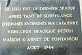 057 Plaque à la mémoire des résistants emprisonnés à Pontaniou.jpg