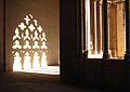 089 Catedral, galeria del claustre, ombres.jpg