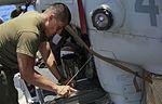 15th MEU Marines keep rust off the birds 150528-M-TJ275-045.jpg