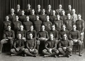 1928 Michigan Wolverines football team - Image: 1928 Michigan Wolverines football team