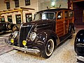 1937 Ford V8 78 - 790 Stationcar black woody vr pic1.JPG