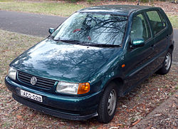 1997 Volkswagen Polo (6N) 5-door hatchback (2009-01-07) 01.jpg