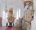 20061016070DR Großkmehlen St Georg Kirche Altar Kanzel.jpg