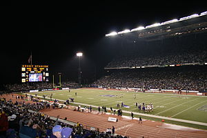 Athletics at the 1990 Goodwill Games - Image: 2007 Apple cup at halftime Husky Stadium