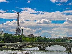 2007 Paris Seine.jpg