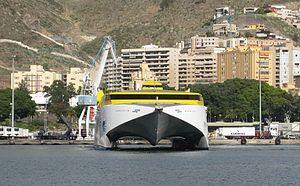 2010-12-16 Spain Tenerife SantaCruz Ferry Bencomo Express front.JPG