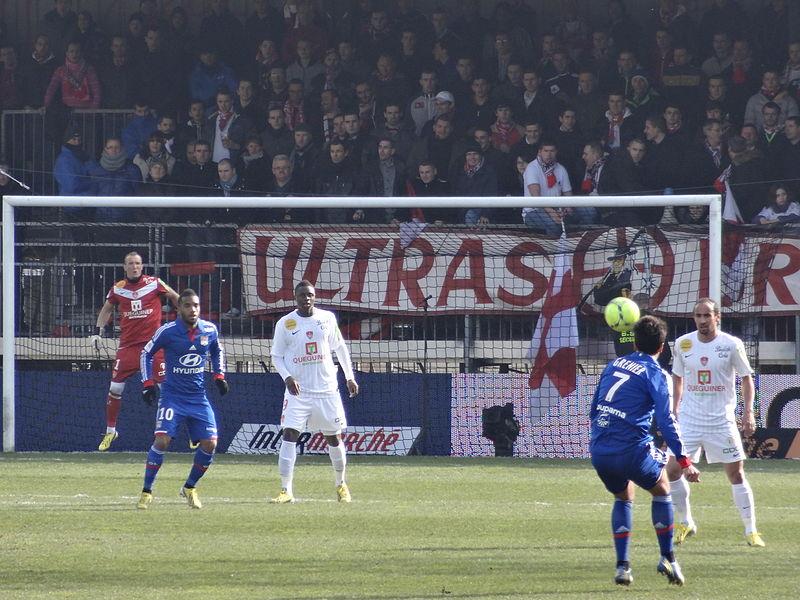 File:2013-03-03 Match Brest-OL - Général (10).JPG