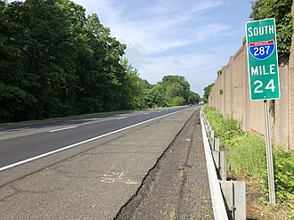 Far Hills, New Jersey - I-287 in Far Hills, the largest and busiest highway within the boro