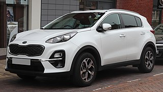 type of compact SUV manufactured by Kia