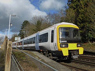 British Rail Class 466 - Image: 466002 and 465 number 924 at Otford 2A30 (16371197426)