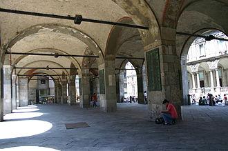 Broletto - Image: 5027 Milano Broletto nuovo Sotto il porticato Foto Giovanni Dall'Orto, 24 July 2007