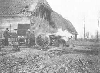 BL 6-inch 26 cwt howitzer - Battery firing, World War I
