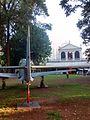 A-29 Super Tucano (EMB 314) e Museu da Casa Brasileira.jpg