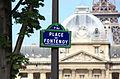 A-street-table-of-place-de-fontenoy.jpg