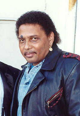 Aaron Neville in 1990