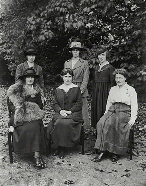 A. E. Levett - Staff of St Hilda's College, Oxford, including Elizabeth Levett, October 1919