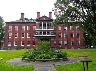 Harrisburg State Hospital - Harrisburg State Hospital Administration Building, May 2007