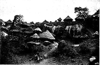 White settlement in Zimbabwe before 1923 - Traditional African Huts, 1884
