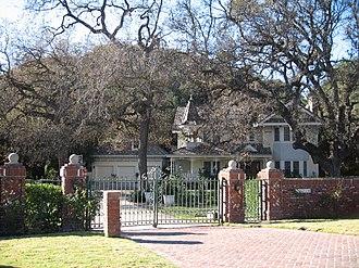 Agoura Hills, California - An estate in Old Agoura