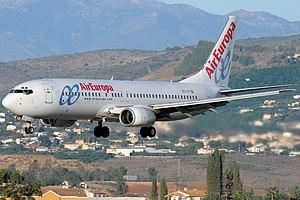 Air Europa Boeing 737-883.jpg