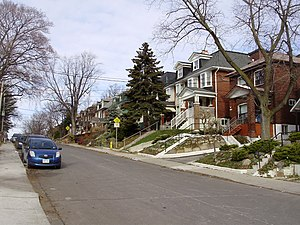 Bracondale Hill - Houses on Alberta Avenue