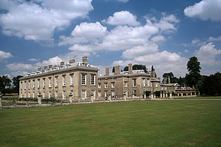 stately home  and estate in Daventry District, Northamptonshire, England