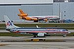 American Airlines B737 (N903NN) at Miami International Airport.jpg
