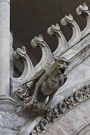 Amiens France Cathédrale-Notre-Dame-d-Amiens-05a.jpg