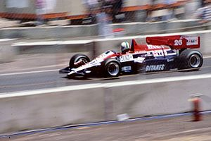 Equipe Ligier - Image: Andrea de Cesaris 1984 Dallas