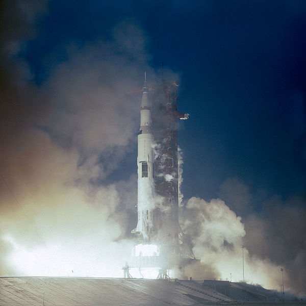 File:Apollo 12 launches from Kennedy Space Center.jpg
