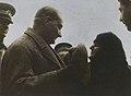 Atatürk ve yaşlı kadın.jpg