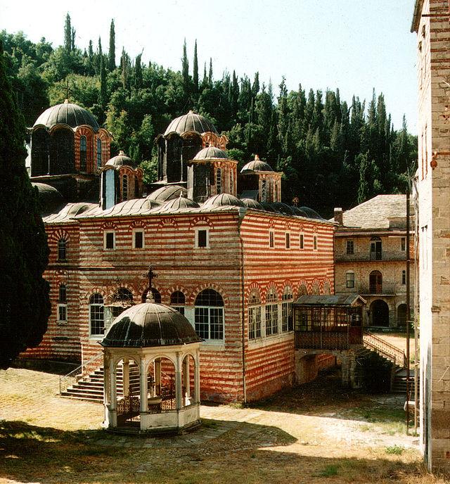 Византијаска архитектура 640px-Athos_Zografou_1998_1_cropped