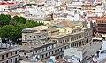 Ayuntamiento de Sevilla desde Giralda.jpg