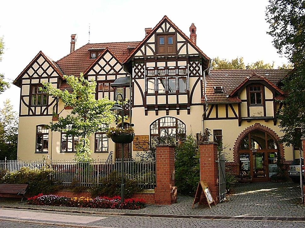 Bad Langensalza Verwaltungsgeb%C3%A4ude NP Hainich 2004