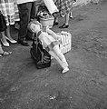 Bagage (inclusief een levensgrote speelgoedpop) van reiziger E.J. Korvette (zie , Bestanddeelnr 255-2194.jpg