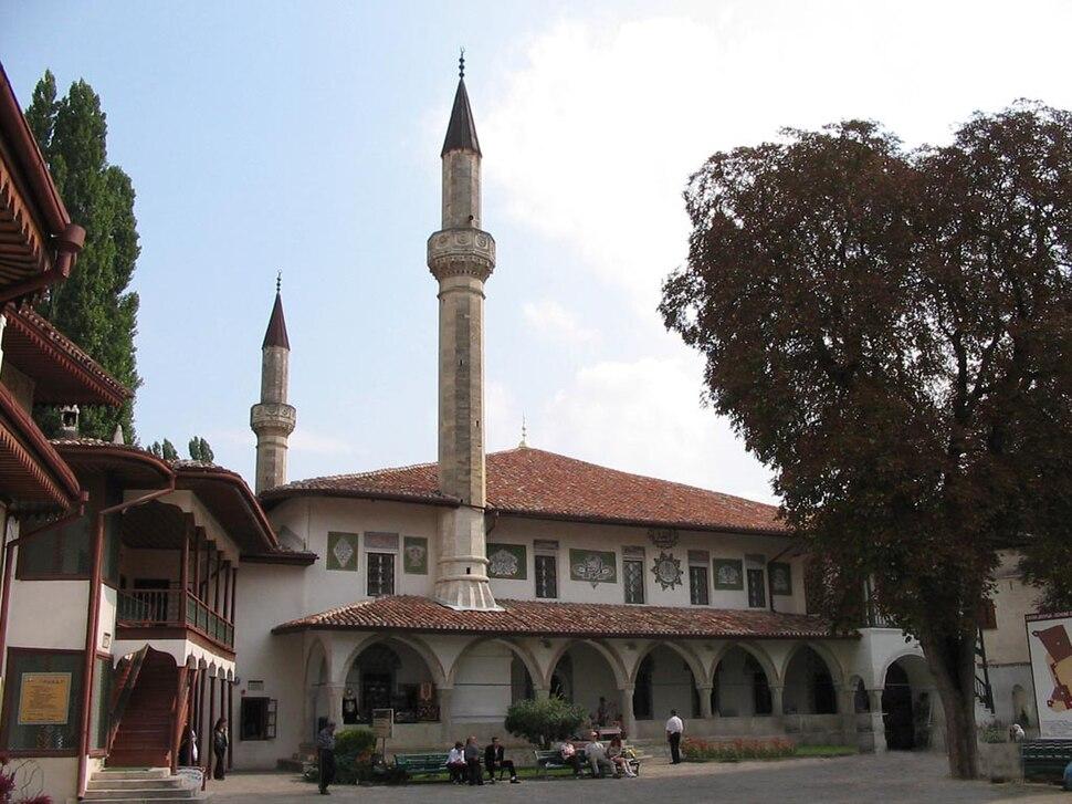 Bakhchisaray, Hansaray Museum
