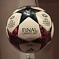 Ballon de la finale de la Champions League féminine 2017 (cropped).JPG