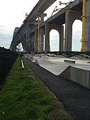 Parque de patinetas Bayonne Bridge.agr.jpg